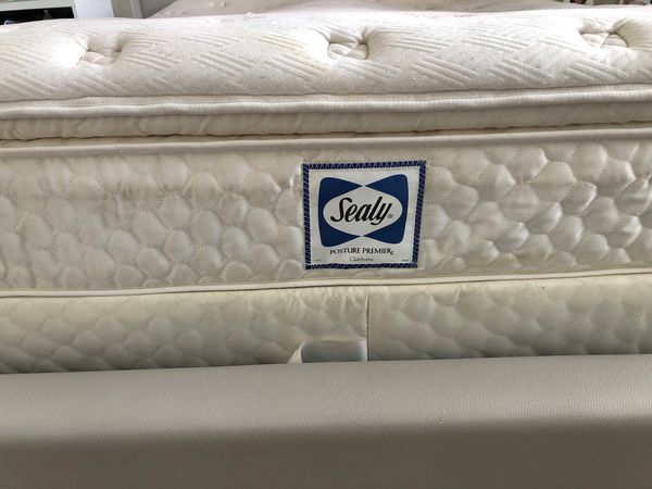 queen mattress free!!!!