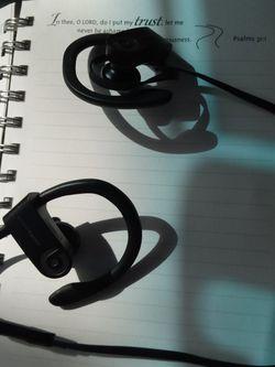 Wireless Headphones Power Beats 3 for Sale in Austin,  TX