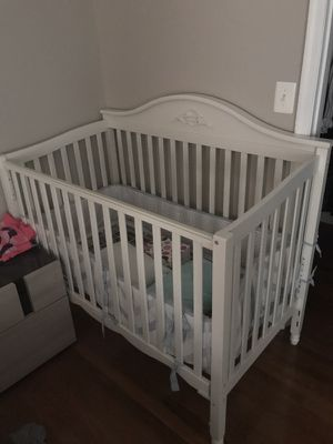 Baby Crib. Excellent condition for Sale in Fairfax, VA
