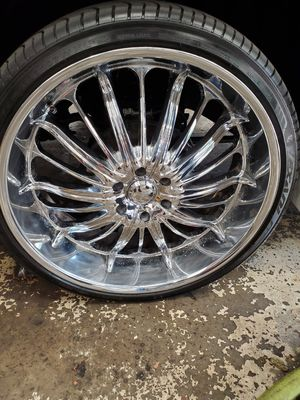 26 inch wheels with tires for Sale in Charlottesville, VA