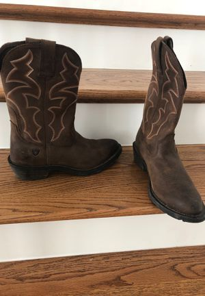 Ariat work boots for Sale in Melrose, TN