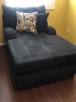 Black Chaise Lounge Chair for Sale in Laveen Village,  AZ