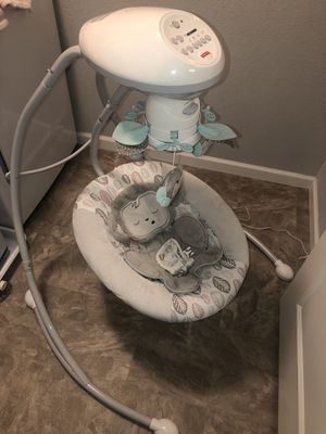 Fisher Price Baby Swing for Sale in Erie, CO