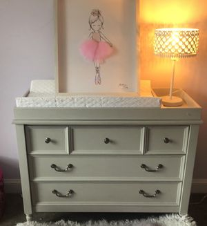 """Pottery barn """" Blythe"""" changing table and dresser for Sale in Cumberland, RI"""