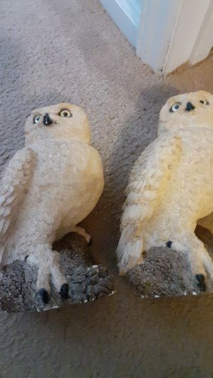 Classic animal owls set of 2 for Sale in Thomasville, NC
