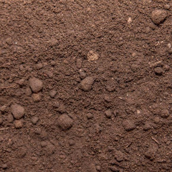 """Free top soil """"unscreened"""""""