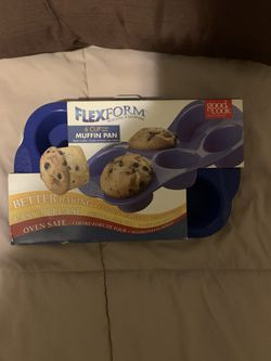 FLEX FORM 6 MUFFIN PAN for Sale in The Bronx,  NY