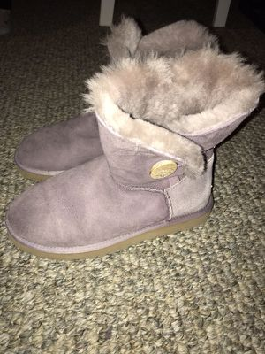 d7855d8d181 Purple ugg boots size 7 for Sale in Johnston
