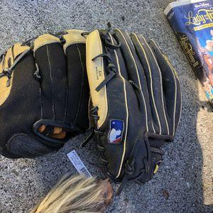 Baseball Gloves for Sale in San Leandro, CA
