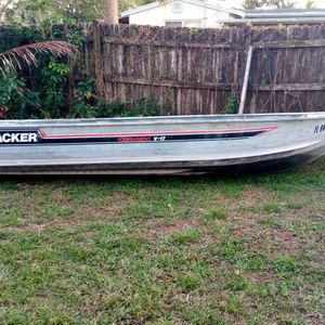 17ft Tracker Boat for Sale in West Palm Beach, FL