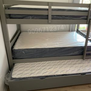 FULL/FULL/TWIN BUNK BED WITH MATTRESS for Sale in Costa Mesa, CA
