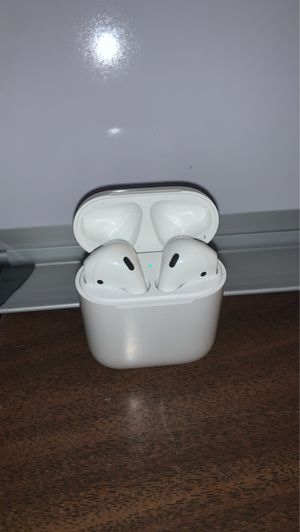 Apple AirPods 2nd Generation for Sale in Upper Marlboro, MD