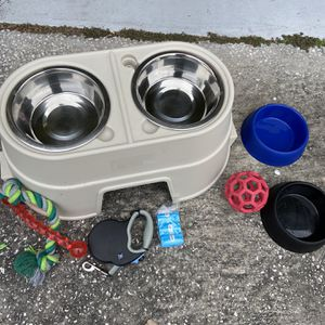 Dog Crate Food Bed Toys for Sale in Tampa, FL