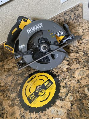 Dewalt Flexvolt Saw for Sale in Lodi, CA