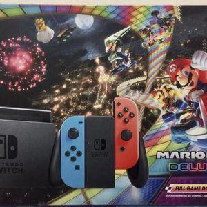 Nintendo Switch w/ Mario Kart 8 Deluxe Bundle for Sale in Miami, FL
