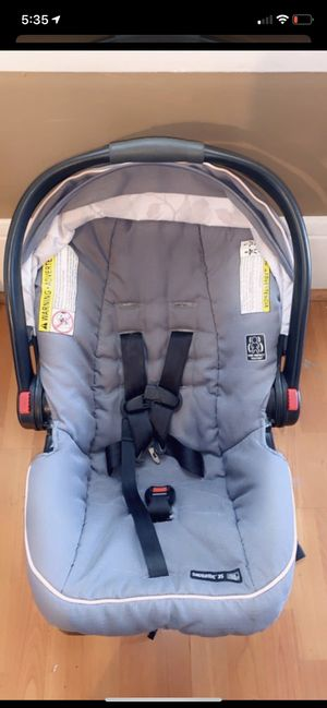Graco pink n grey car seat for Sale in Stockton, CA