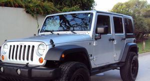 Fullyy a/c 07 Suv Jeep V6 4X4 $1800 Wrangler Unlimited for Sale in Seattle, WA