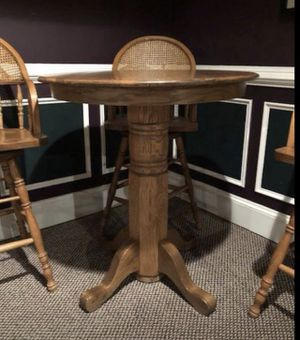 Oak Table with three stools for Sale in Riverside, CA