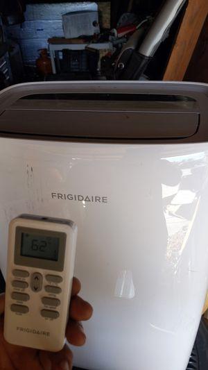 Frigidaire 10k btu portable AC unit for Sale in Stanton, CA