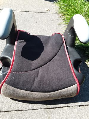Evenflo booster seat for Sale in Glen Burnie, MD
