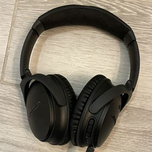 Bose Quiet Comfort 35 II Wireless Bluetooth - Like New for Sale in Chandler, AZ
