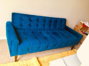 Mint Condition Sofa for Sale in Davenport, IA