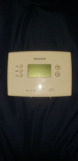Honeywell Thermostat for Sale in Moreno Valley, CA