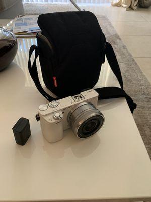 Sony a6000 for Sale in Miami, FL