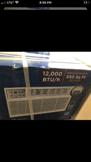 Air conditioner 12,000 btu ,115v for Sale in San Bernardino, CA