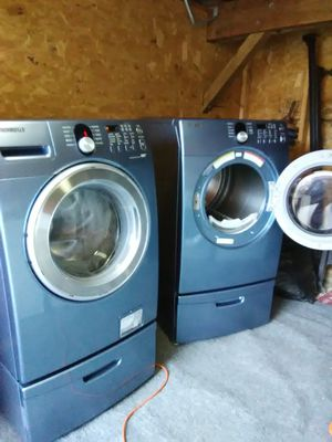 Front Load Washer/Dryer for Sale in Frederick, MD