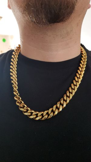 Stainless steel gold chain 24 inch for Sale in San Jose, CA