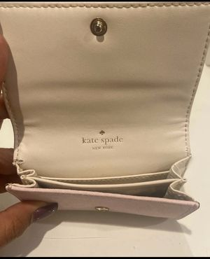 kate spade credit card holder. Small wallet. for Sale in Los Angeles, CA