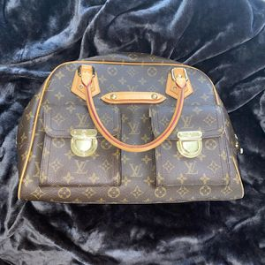 Authentic Louis Vuitton Bag for Sale in Jurupa Valley, CA