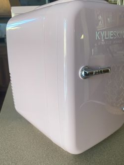 Kylie Cosmetics Mini Fridge *IN HAND* for Sale in Plainfield,  IL