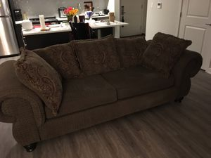 Couch for sale in Tysons for Sale in West McLean, VA