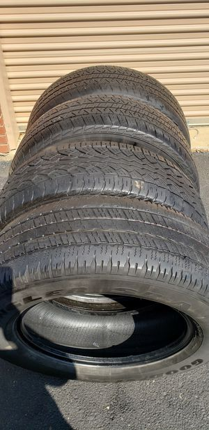 Set 4 tires size 275 60 20 for Sale in Dallas, TX
