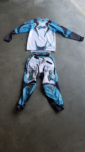 Fox riding top and pants for Sale in Sanger, CA