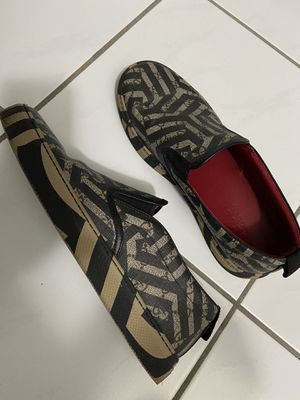 Gucci,used,size 7 for Sale in Miami, FL