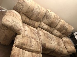 Comfortable Sofa + convertible in lazy boy for Sale in Hoffman Estates, IL