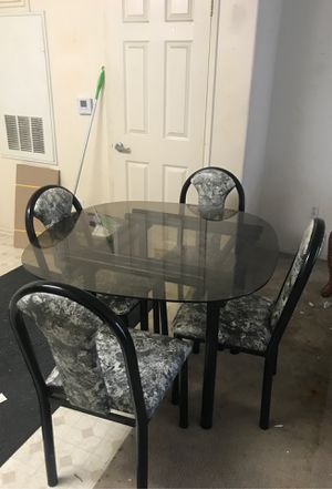 Free dinning table for Sale in Orange, CA