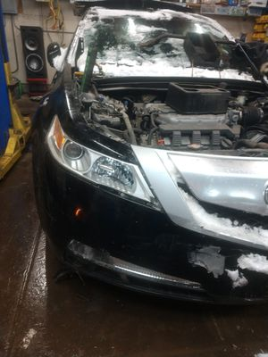 Parts for sale Acura 2010 for Sale in Chicago, IL