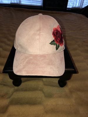Really pretty pink hat with embroidery flower~ for Sale in Hillsboro, OR