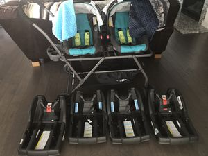 Twin stroller & Car seats for Sale in Knoxville, TN