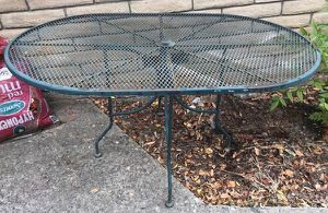Green Outdoor Wrought Iron Oval Table & 4 Rocking Chair Set for Sale in Modesto, CA