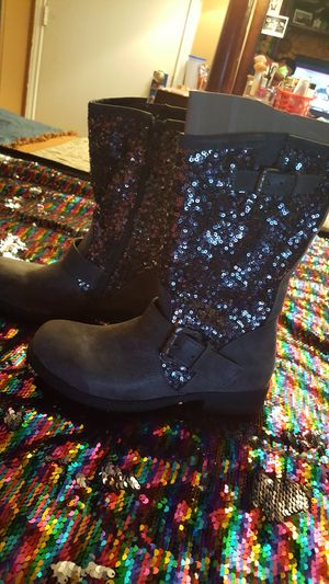 Women boots size 7 for Sale in San Marcos, TX