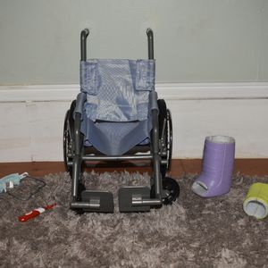 American Girl Doll Wheelchair And Hygiene Set. PICKUP ONLY for Sale in Philadelphia, PA