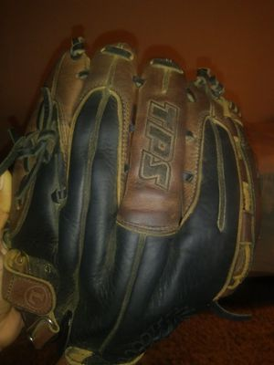 Louisville TPS Baseball glove for Sale in Cleveland, OH