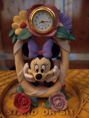 Disney Minnie mouse clock!!! for Sale in Lancaster, OH
