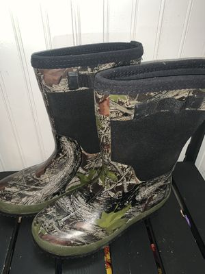 Boys or Girls size 4 Rain Boots (Excellent Condition) for Sale in Colorado Springs, CO