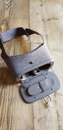 Google Daydream VR Headset for Sale in Peoria,  AZ